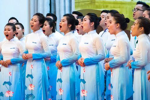 Friendship concert Hoi An